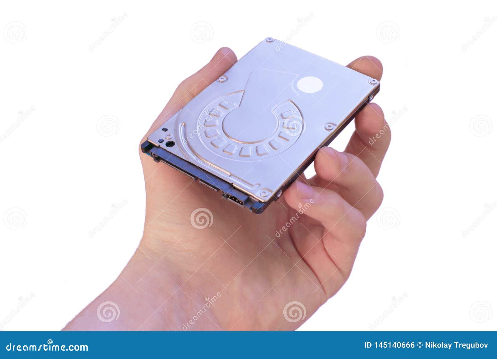 La main masculine tient l unit? de disque dur Support d informations rang?e de donn?es 2 disque dur 5-inch
