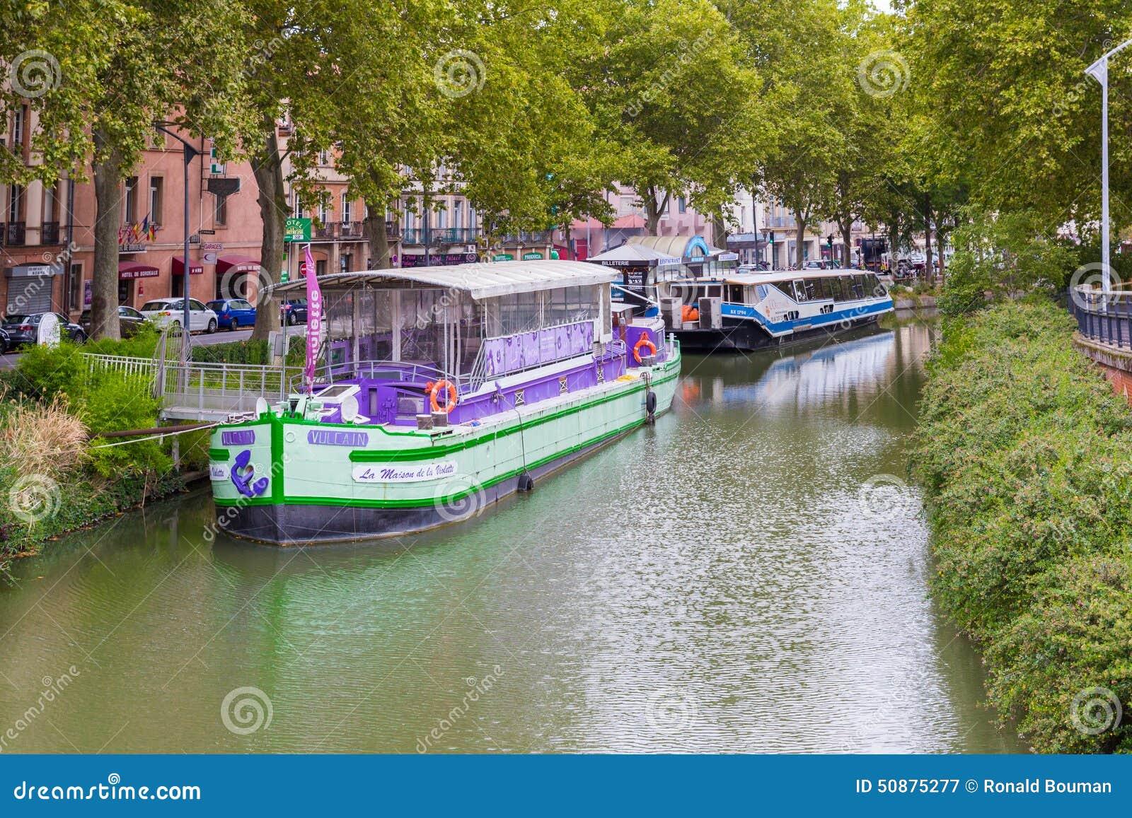 La maison de la violette restaurant boat editorial for De lamaison fr