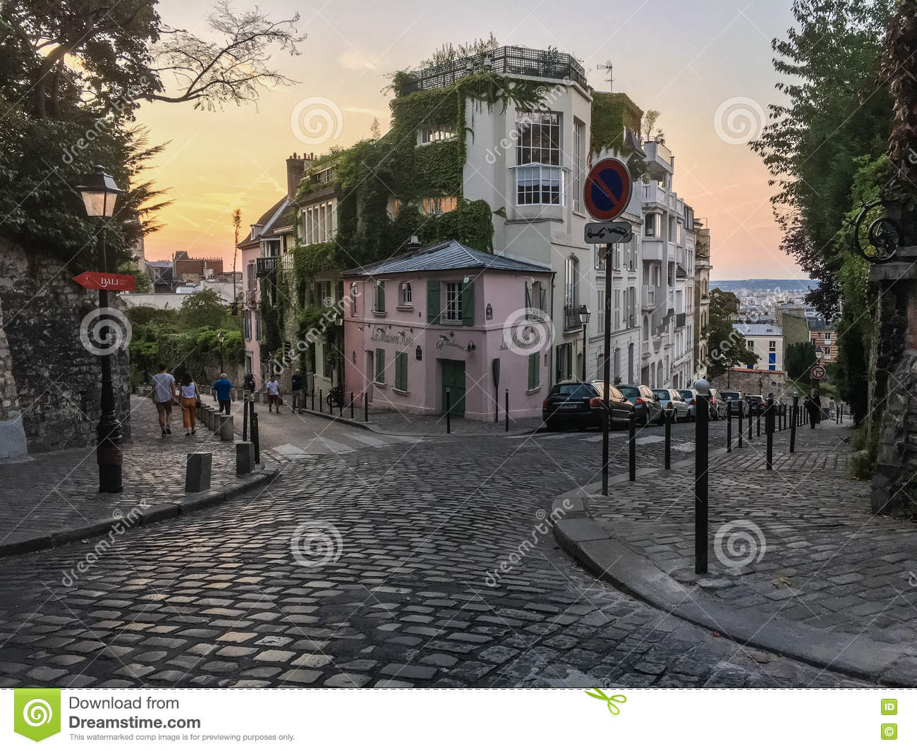 Former restaurant la maison rose lies at the corner of two cobbled streets on montmartre paris france at sunset on a late summer evening