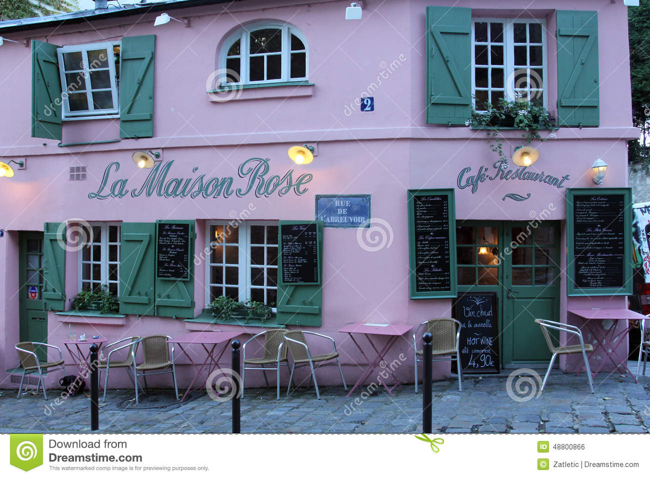 La maison rose restaurant on montmartre in paris editorial for Restaurant miroir montmartre