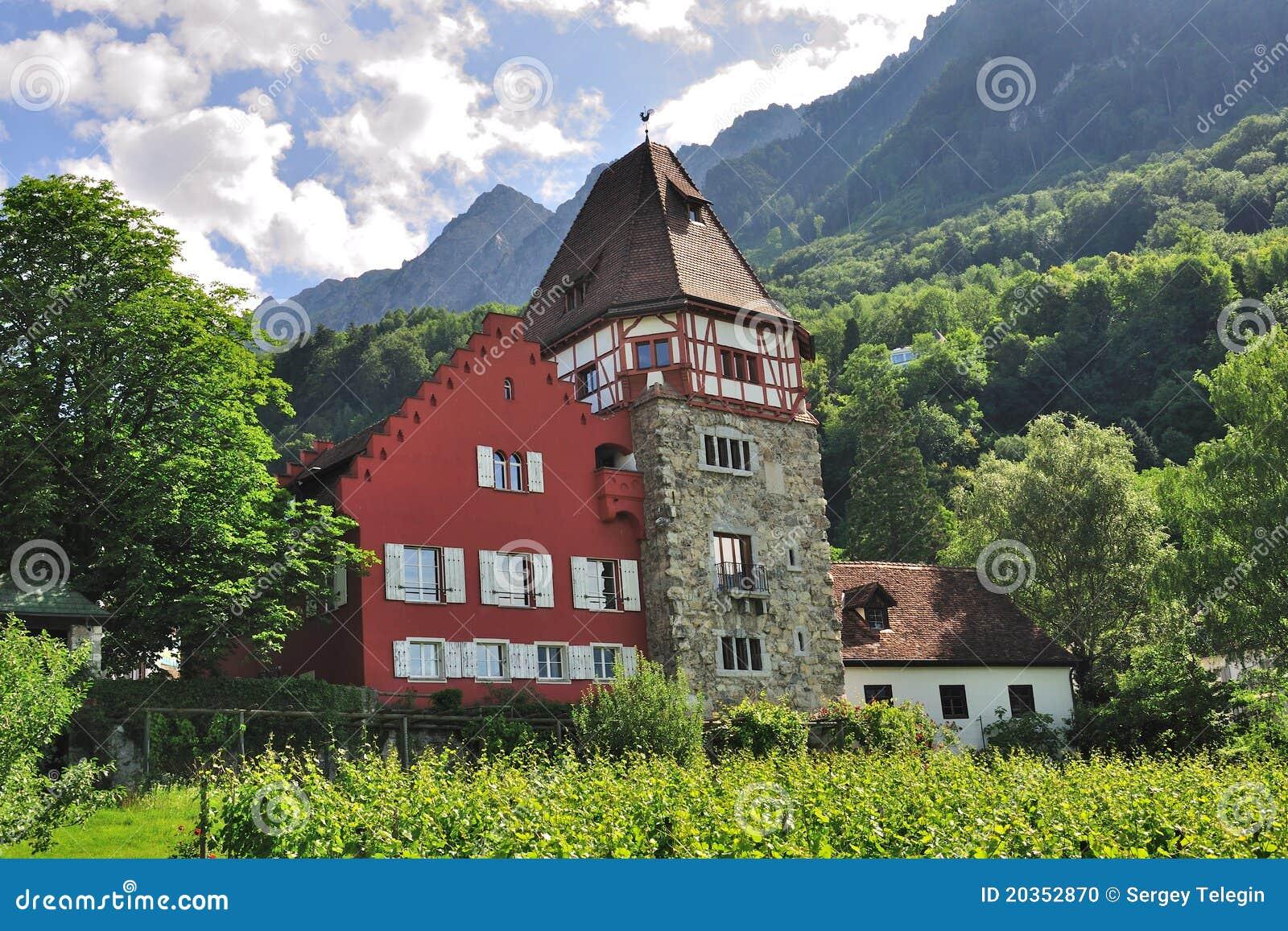 Haus La Rouge