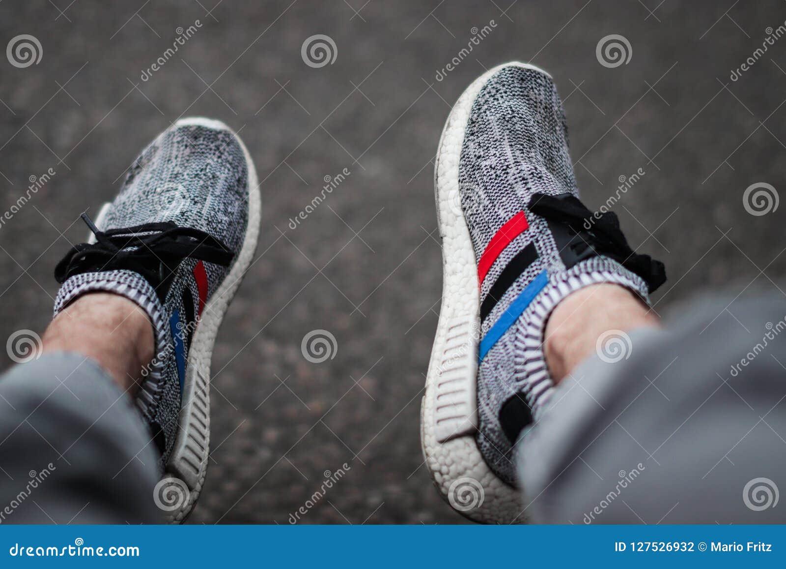La Marque Adidas Met En évidence Constamment De Nouvelles