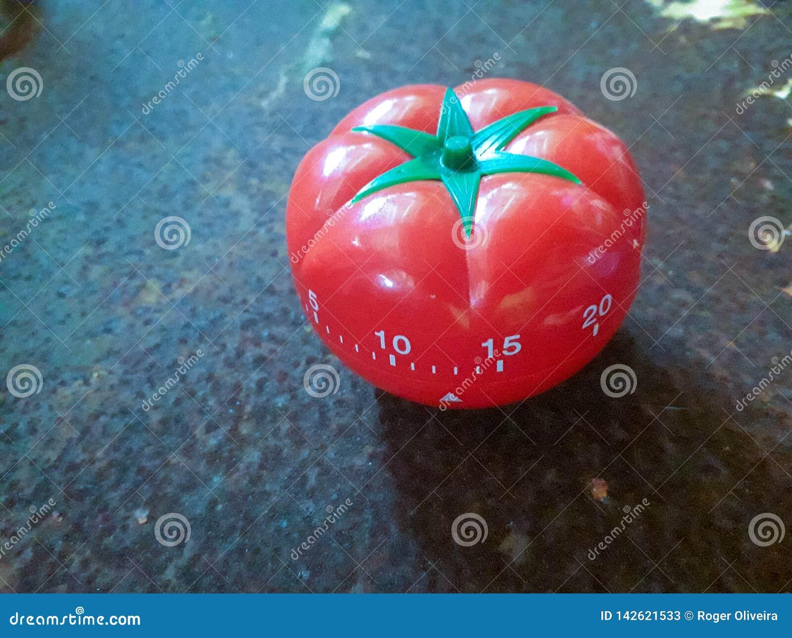 La minuterie rouge de Pomodoro à aider dans la concentration, améliorent la productivité