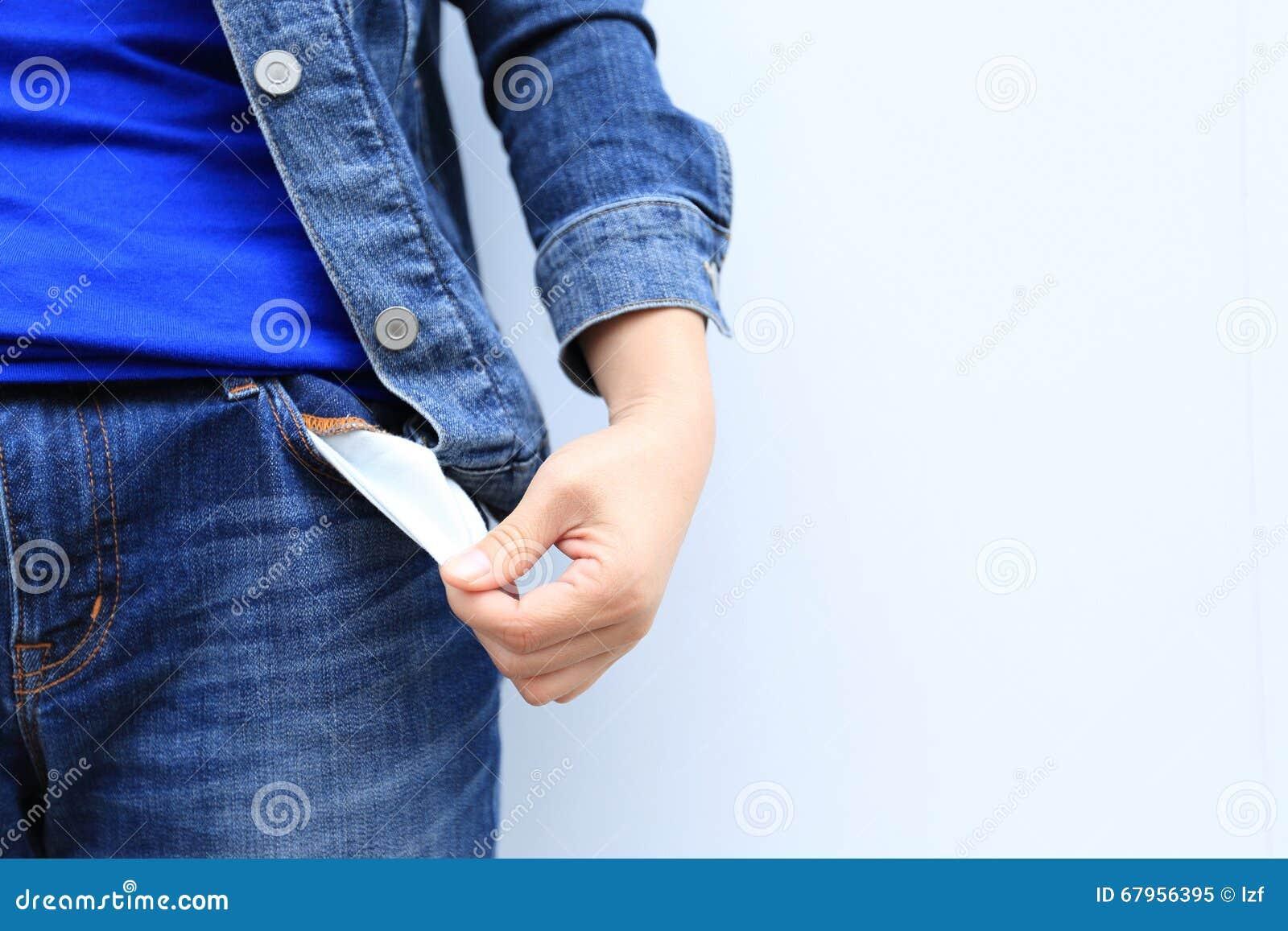 La Mostra Della Gente Non Ha Soldi Risultando Le Tasche