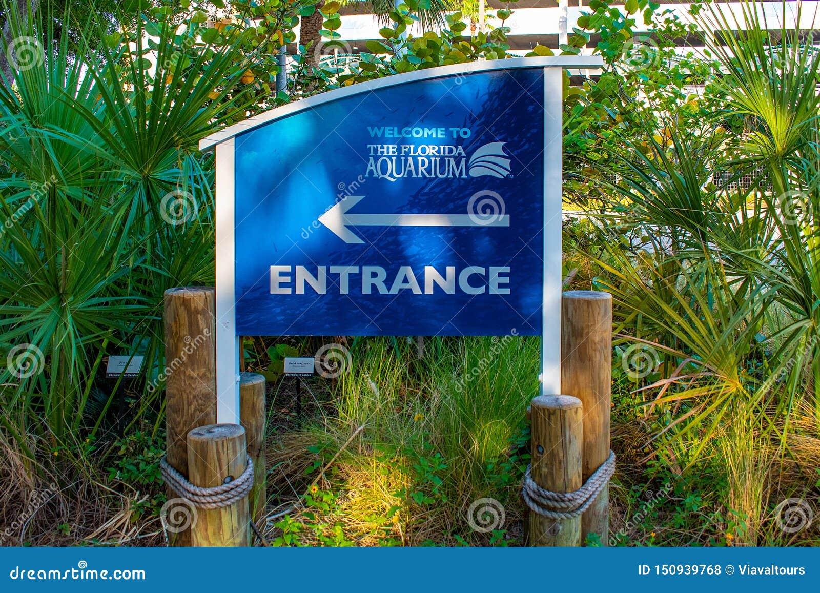 La muestra de la entrada del acuario de la Florida