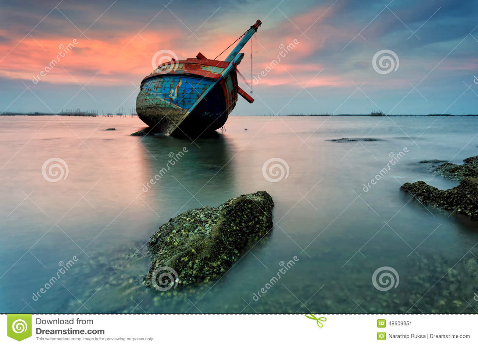La nave arruinada, Tailandia