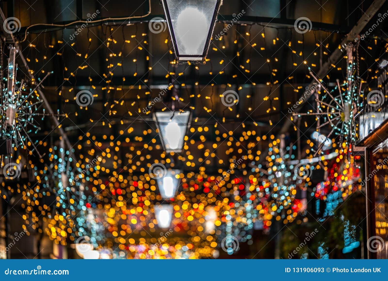 La Navidad Bokeh ligero en el mercado de Covent Garden