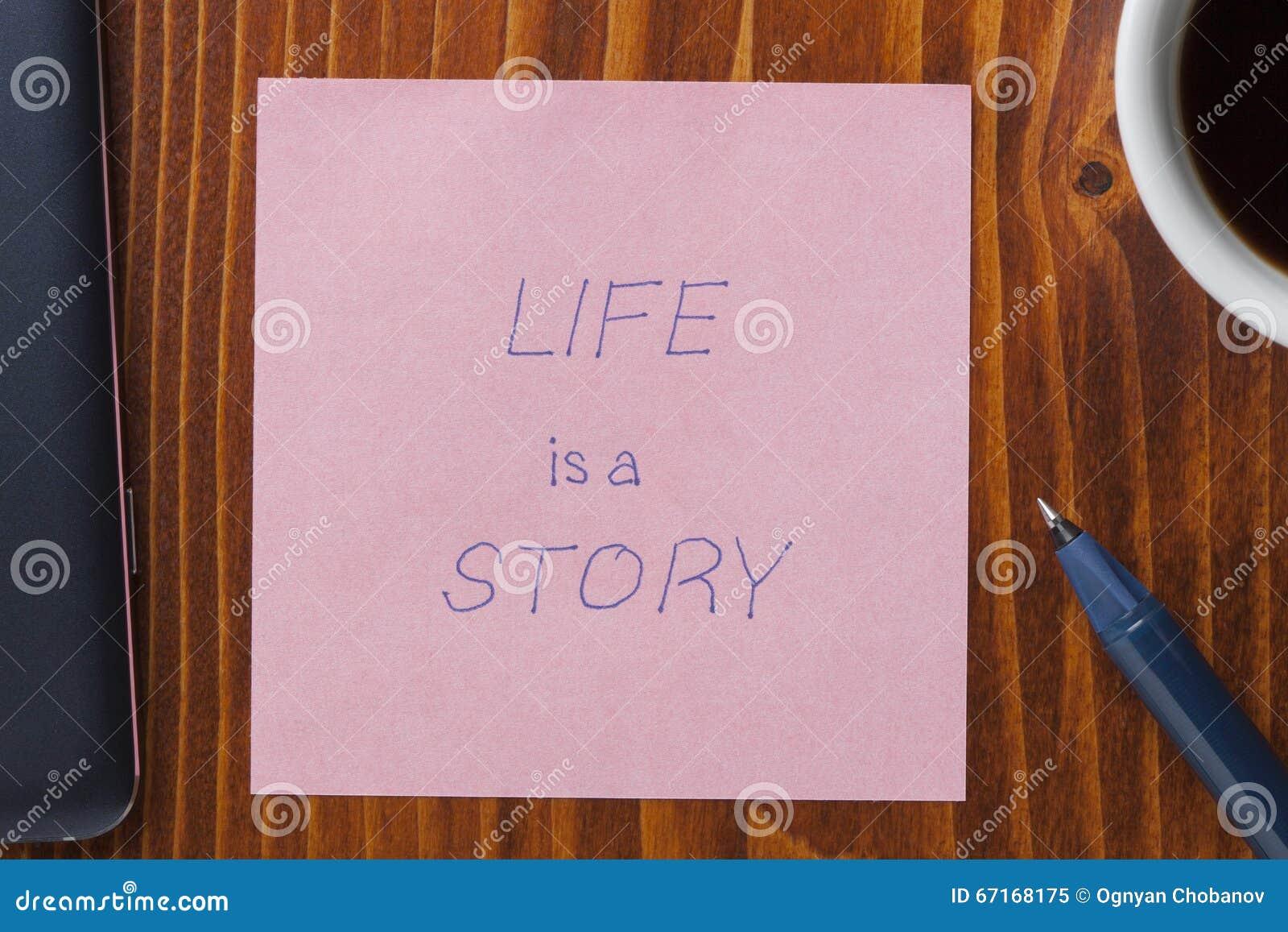 La note collante avec la vie de tex est une histoire