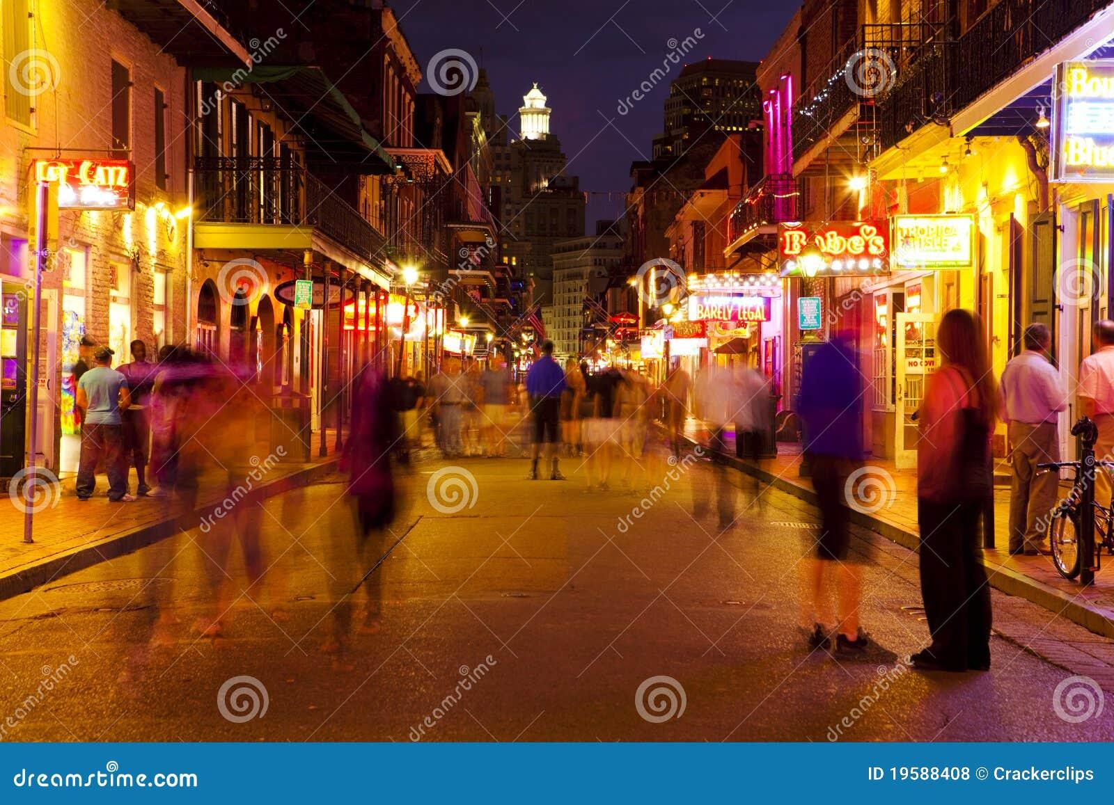 La Nouvelle-Orléans, rue de Bourbon la nuit