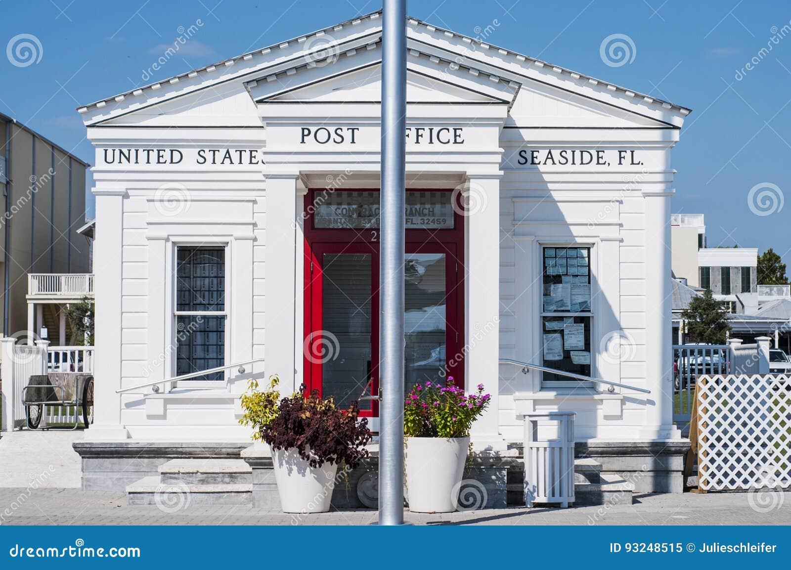 La oficina de correos de la ciudad de la playa