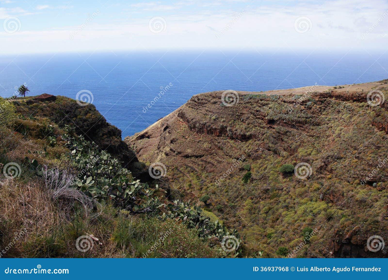 La Palma. Valle al lado del mar