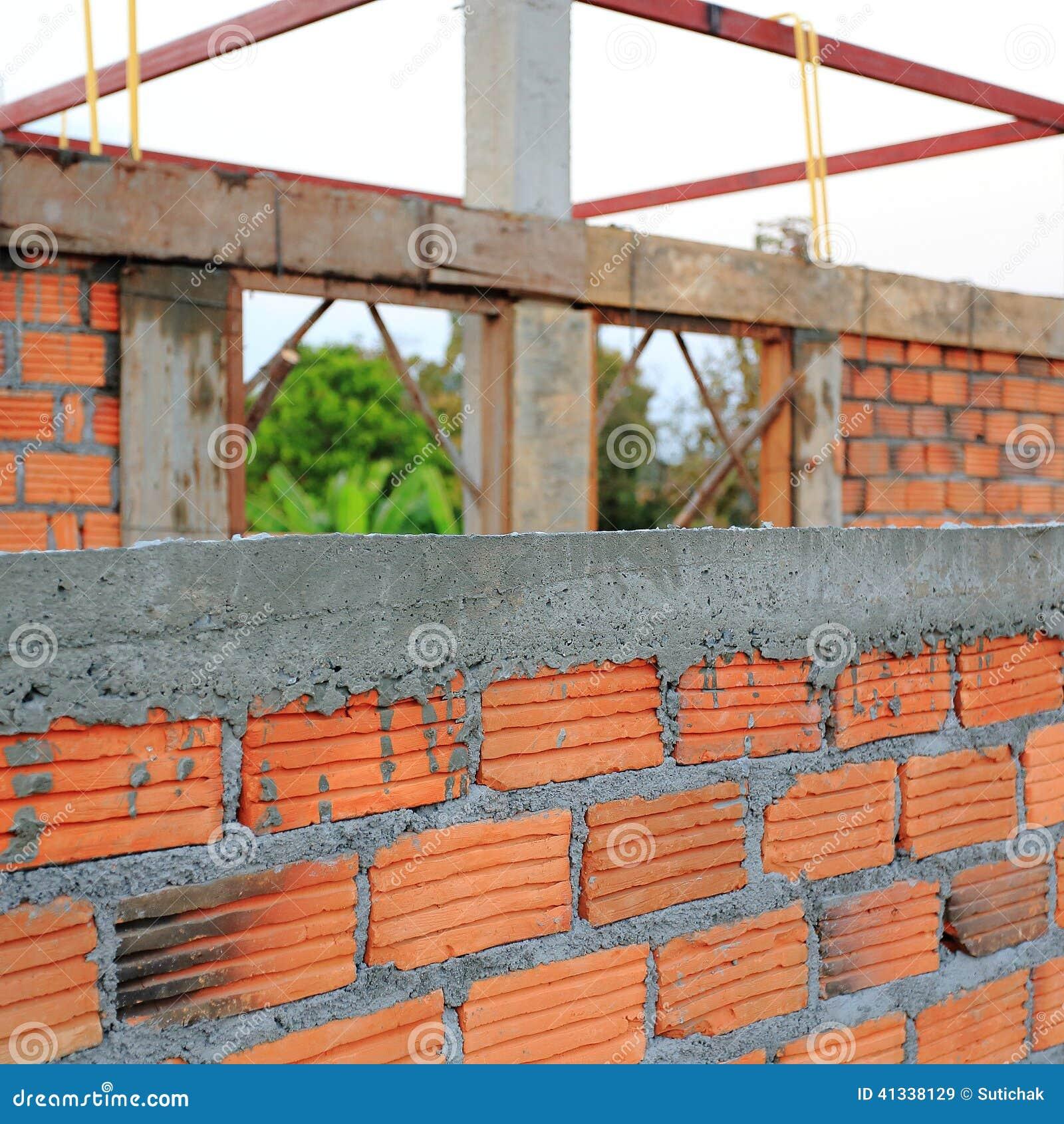 La pared de la casa de la construcci n hizo el ladrillo - La casa de la construccion ...