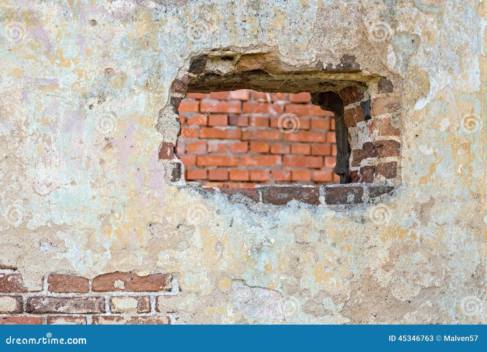 La pared enyesada con un agujero foto de archivo imagen - Agujero en la pared ...