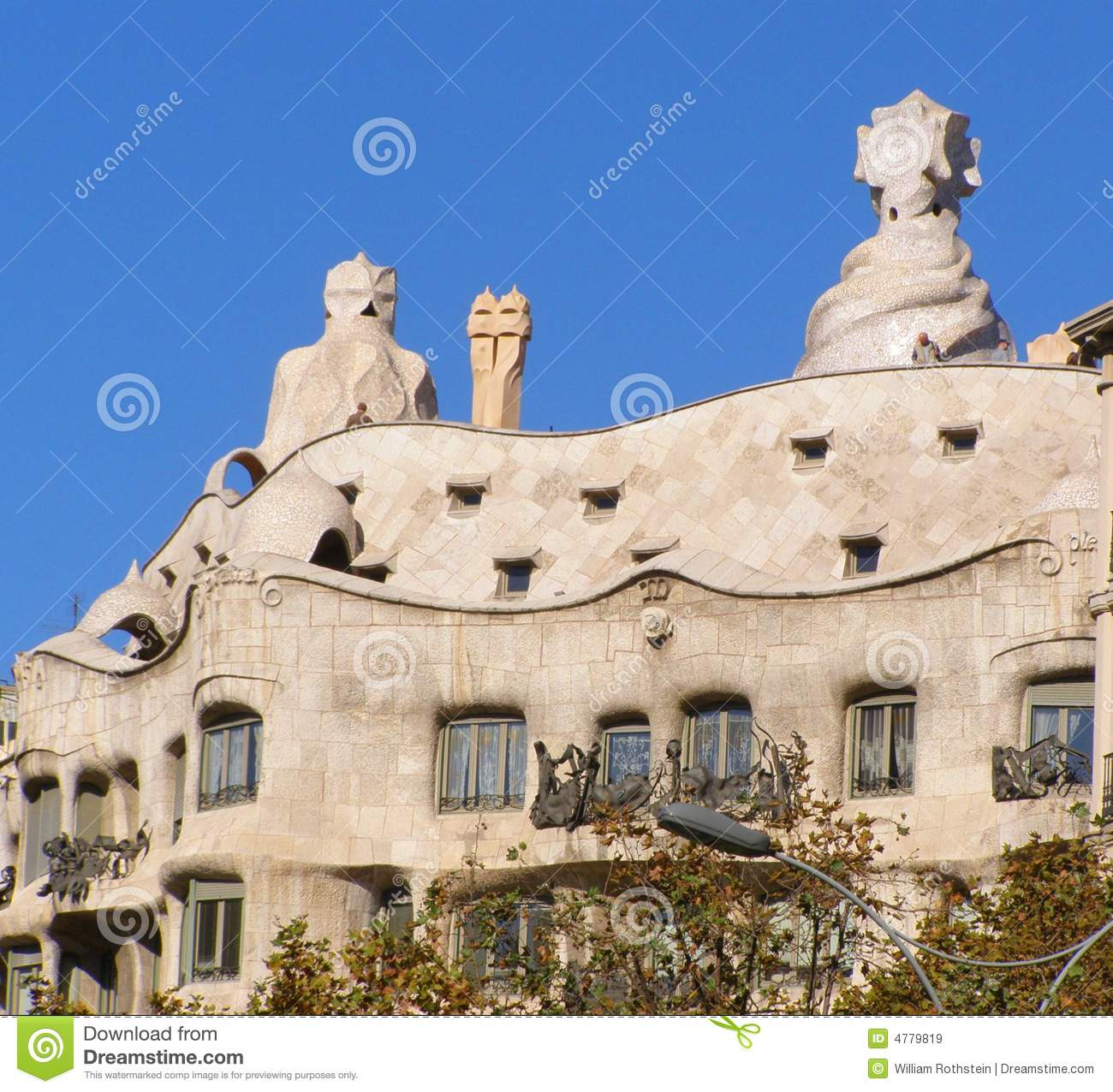Barcelona Apartment Building: La Pedrera Gaudi Apartment Building-Barcelona Royalty Free