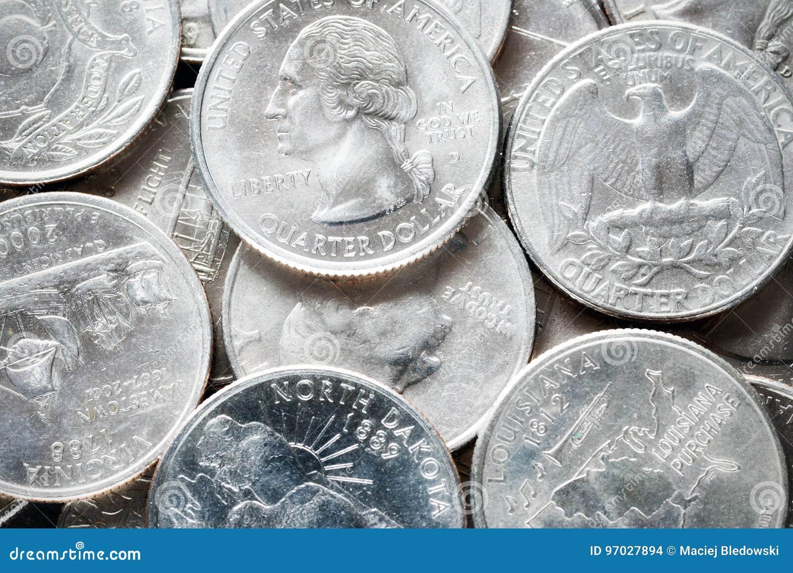 La photo haute étroite d extrémité du quart de dollar des Etats-Unis invente