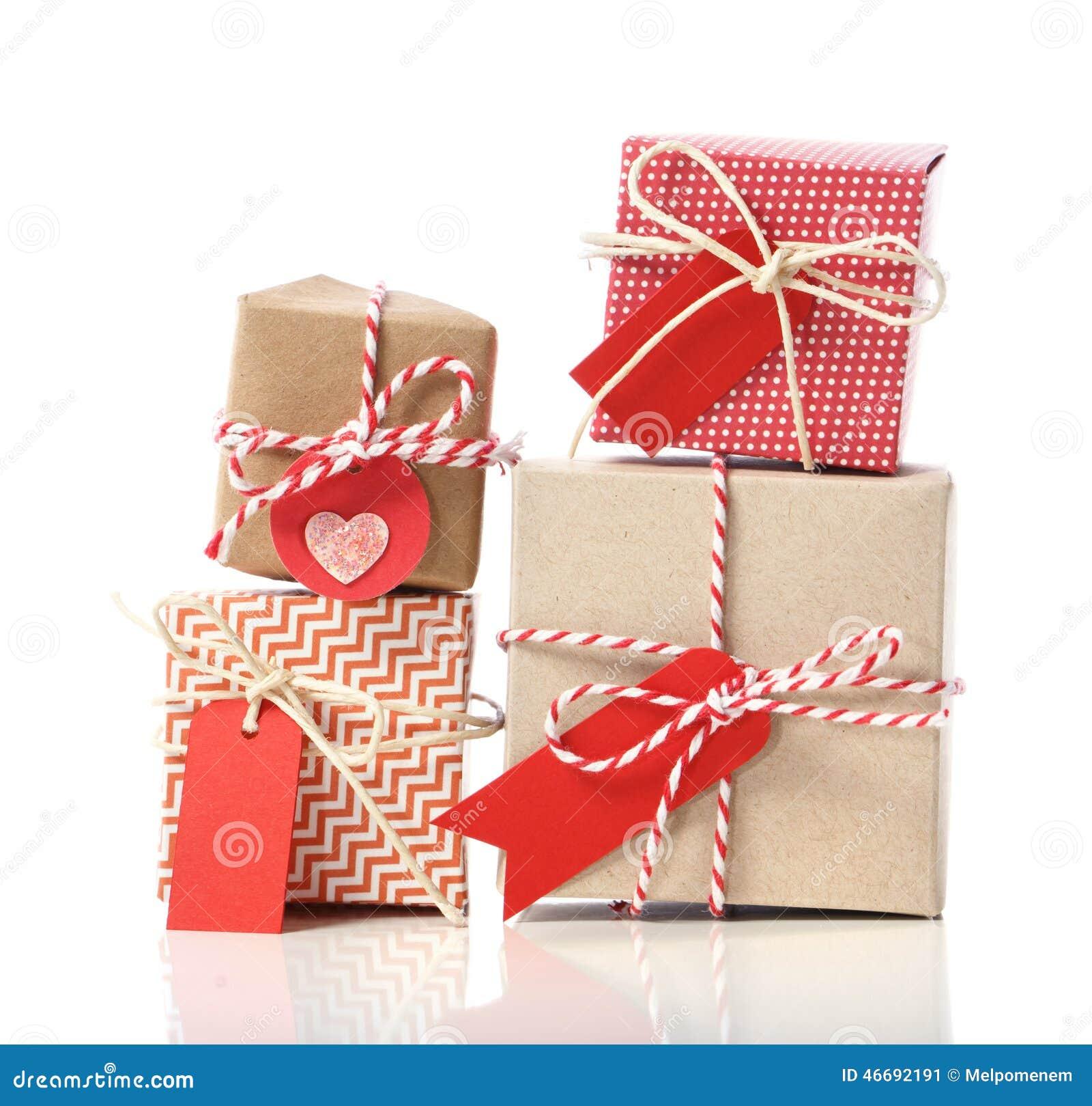 La pile de handcraft des boîte-cadeau