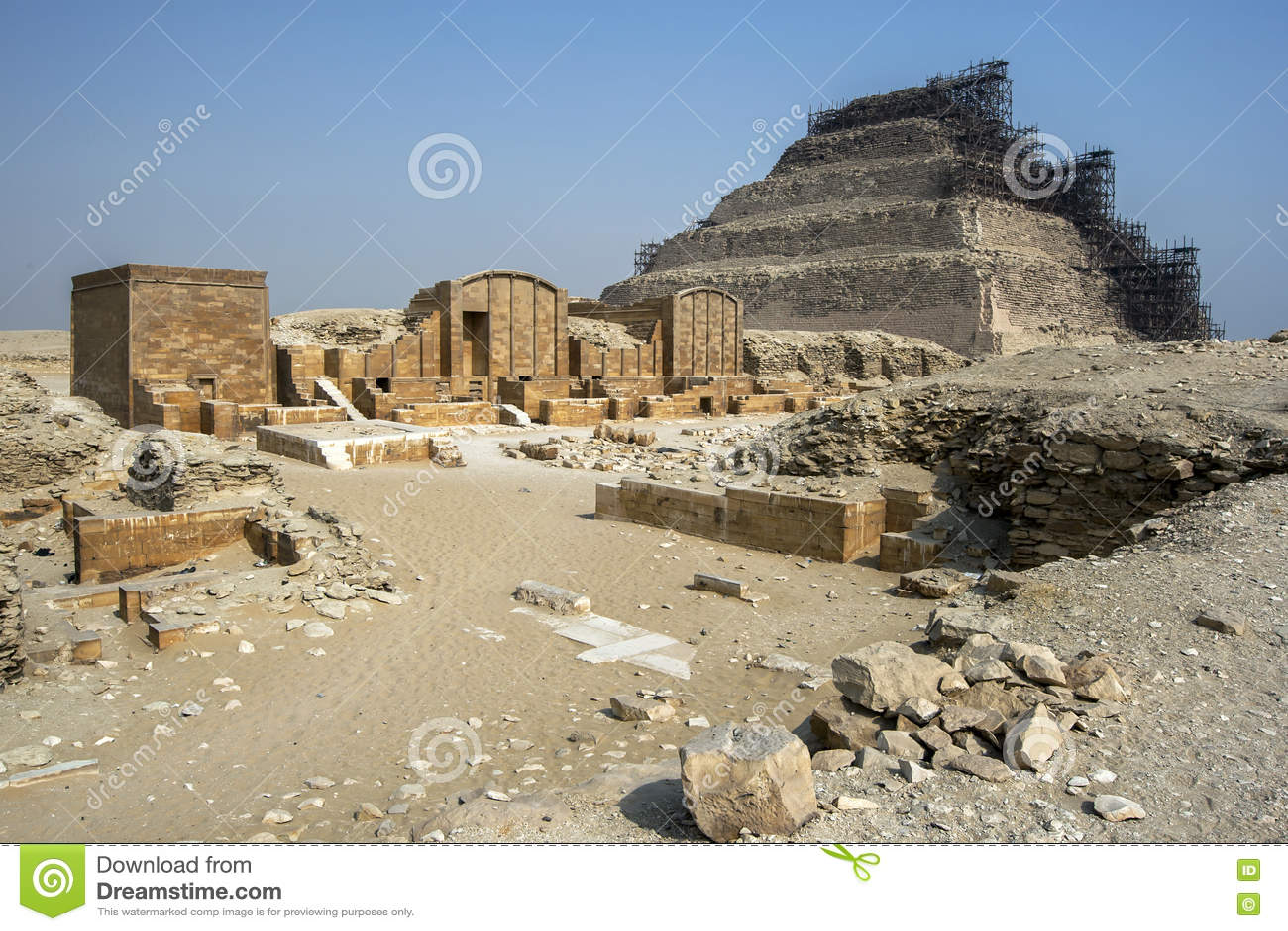 La piramide di punto a Saqqara nell Egitto del Nord