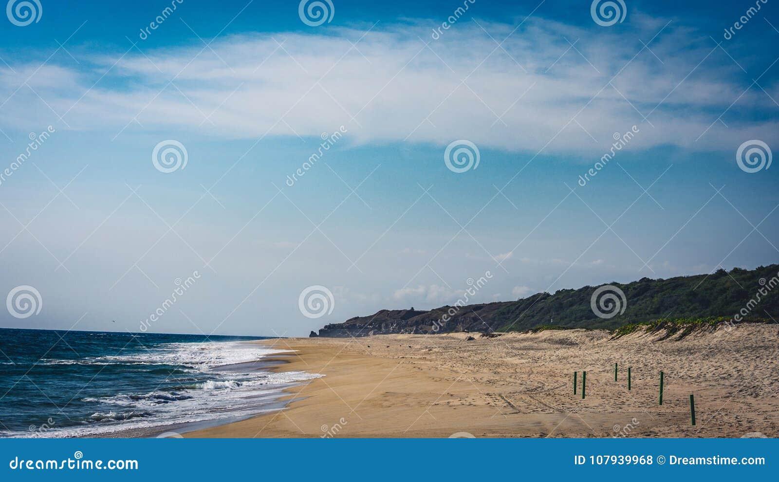 La playa en Puerto Escondido