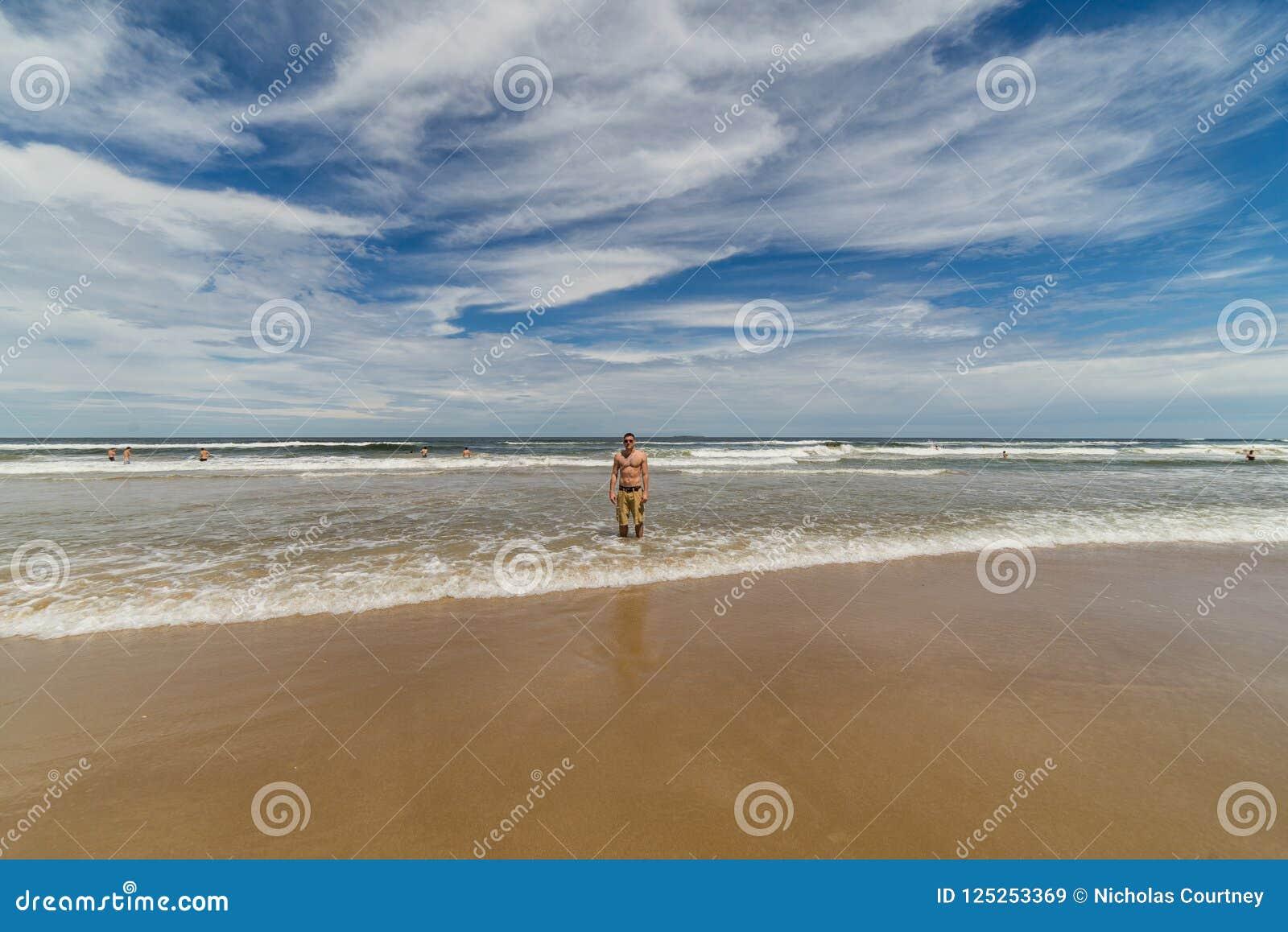 La playa hermosa de Punta del Este, Uruguay