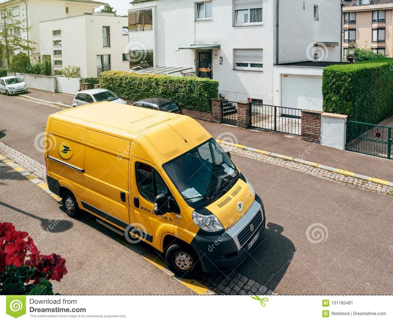 932ce0458f La Poste Yellow Delivery Van Editorial Photo - Image of freight ...