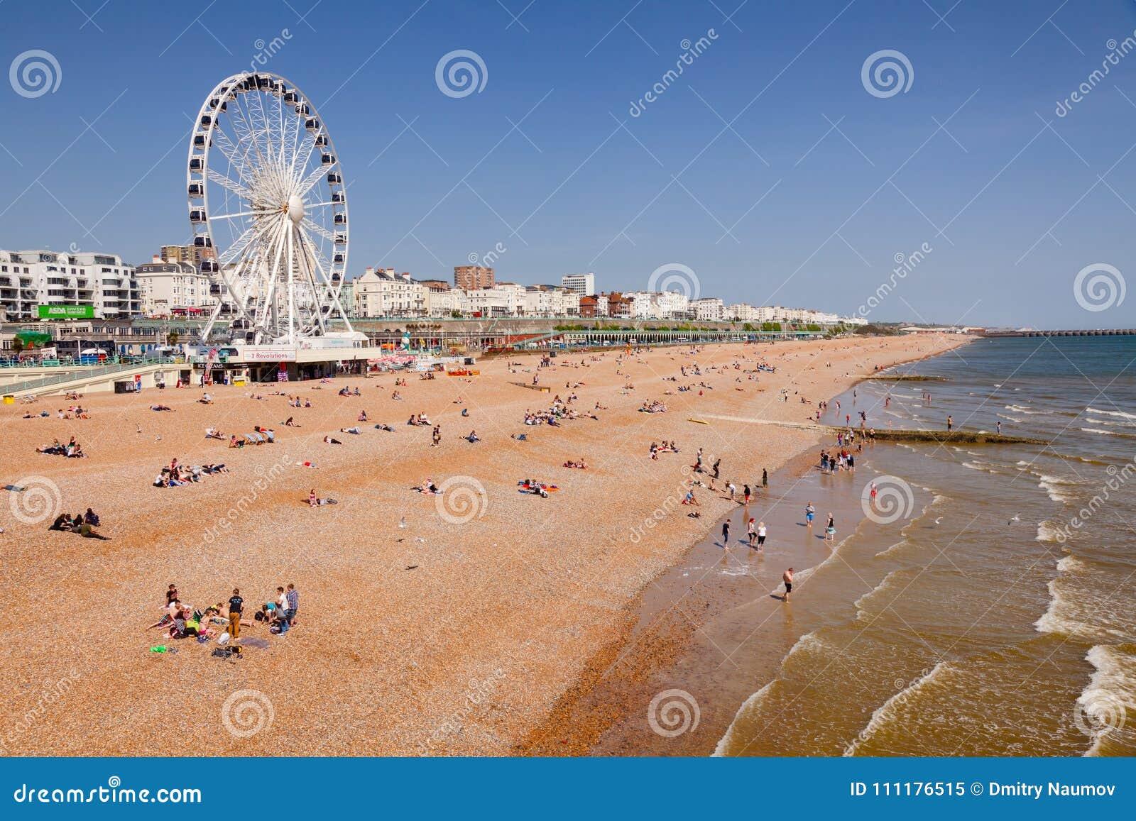 La promenade et le bardeau de Brighton échouent le Sussex est Angleterre du sud-est