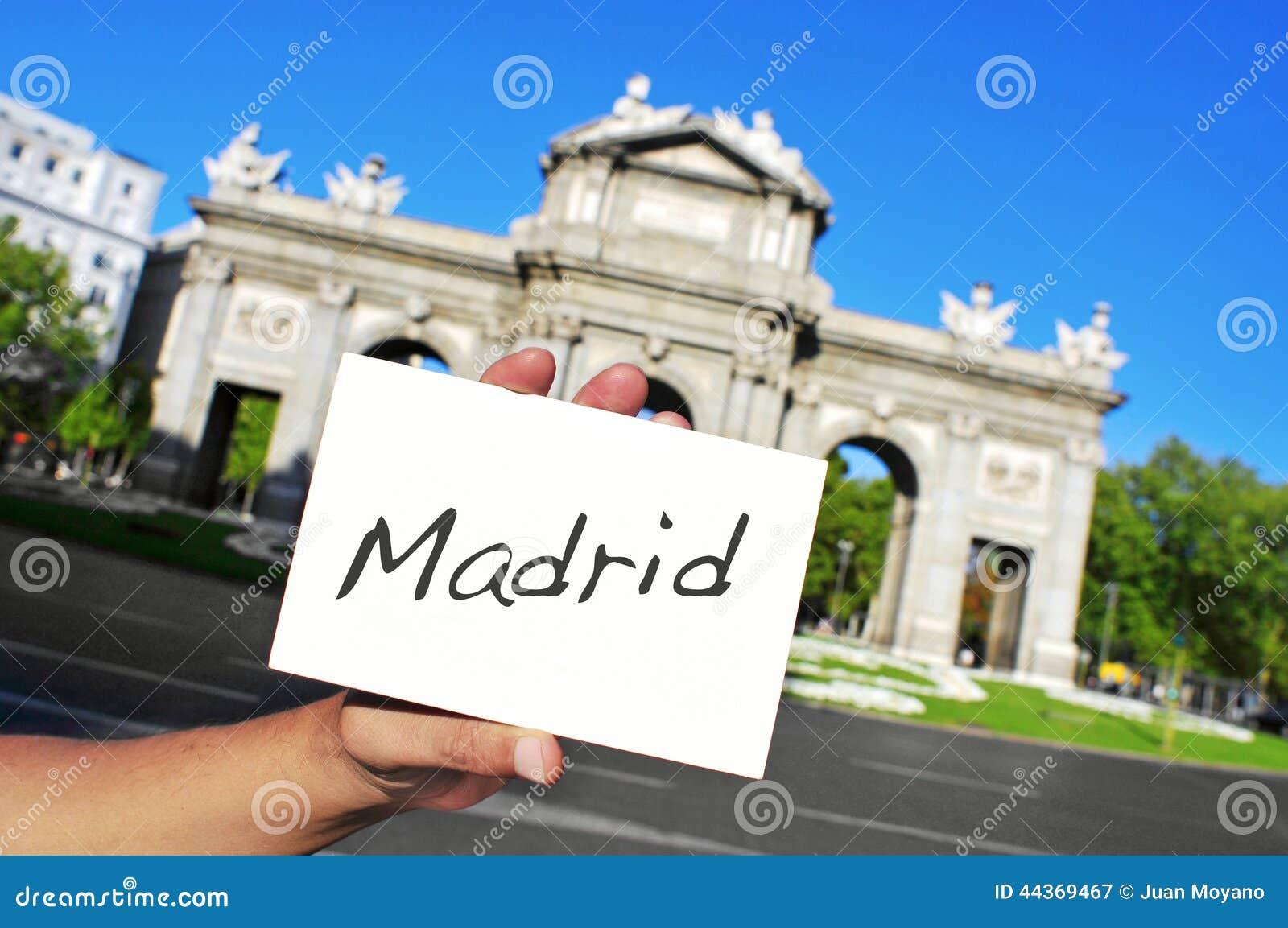 La Puerta de Alcala a Madrid, Spagna