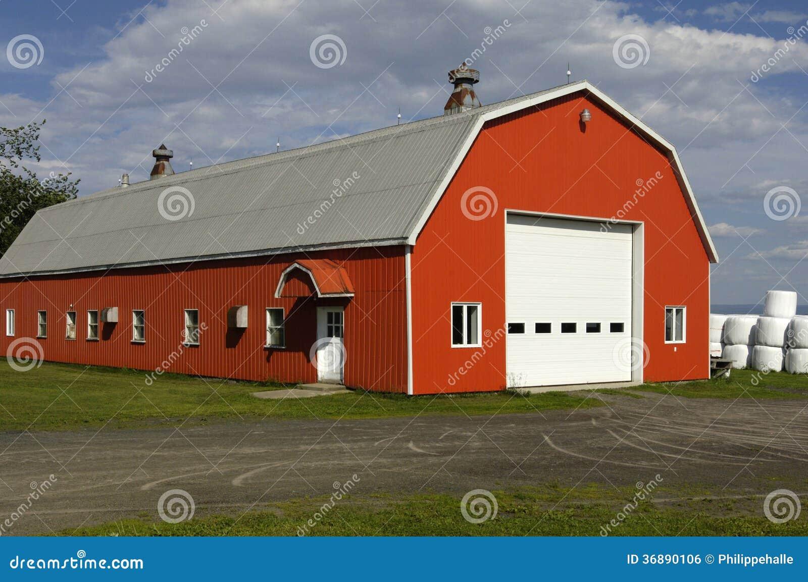 Download La Quebec, Un Granaio Nell'isola Di Orleans Fotografia Stock - Immagine di tettoia, paese: 36890106