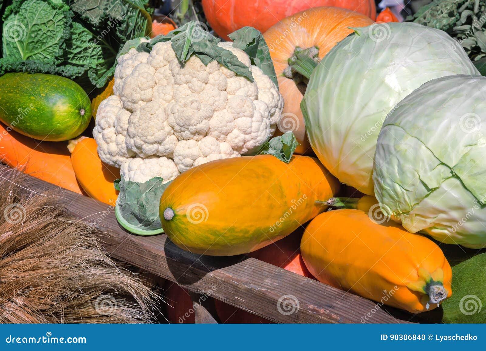 La récolte végétale est vendue à la foire