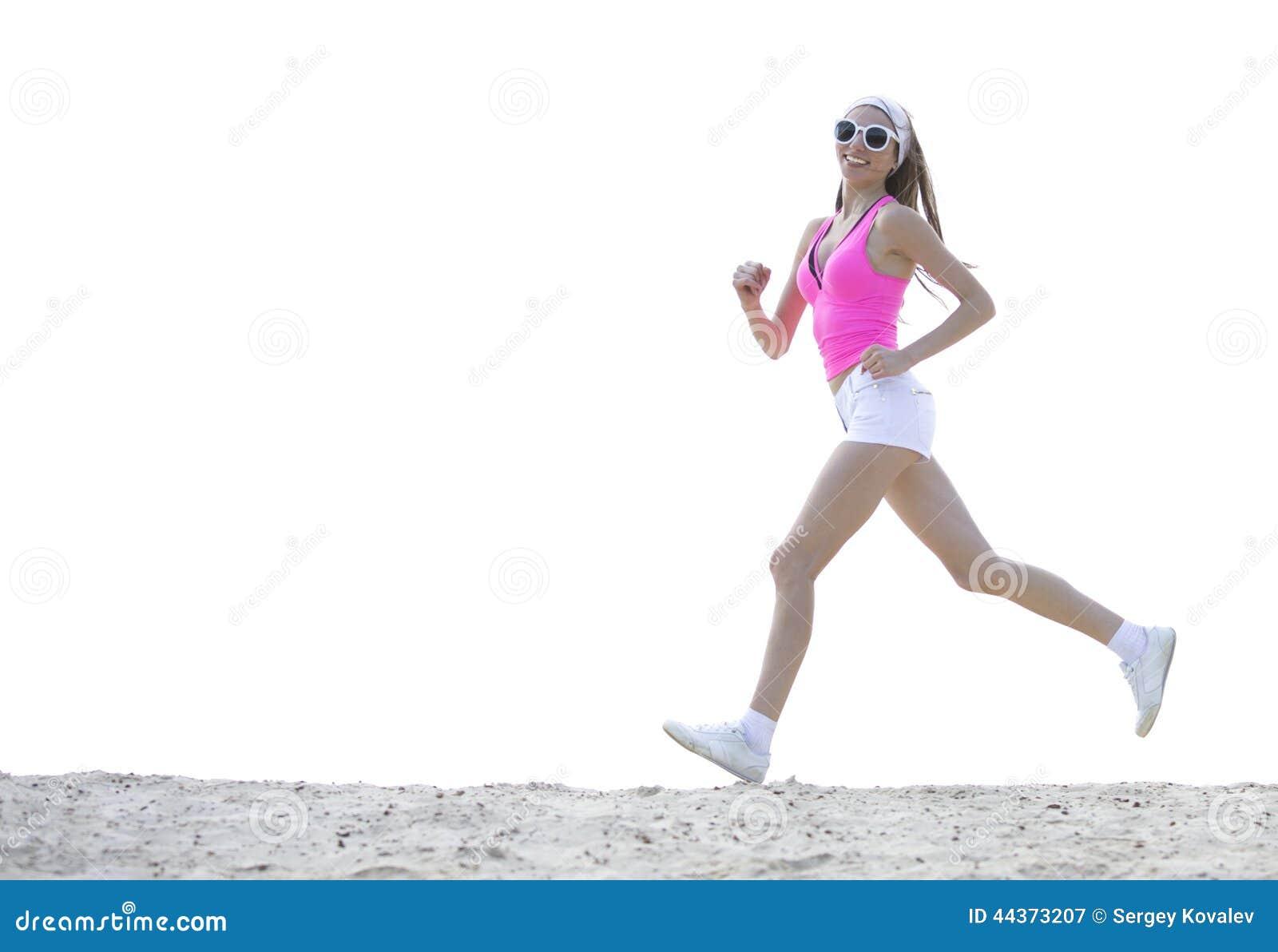 La ragazza è impegnata negli sport che pareggiano