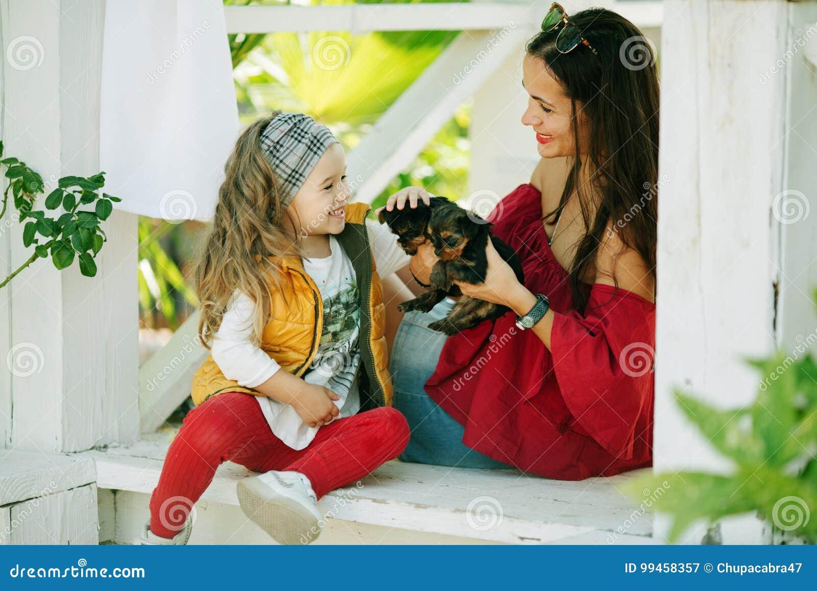 caldi mamma. com. grandi tette e fighe