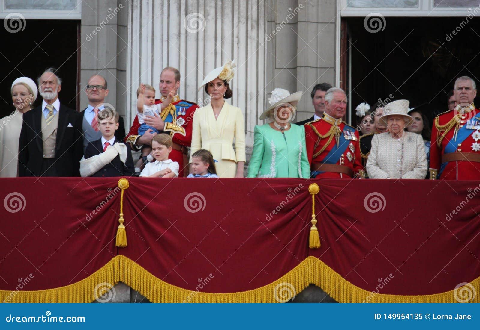 La Reine Elizabeth, Londres R-U, le 8 juin 2019 - la Reine Elizabeth Trooping la photo courante de presse de Buckingham Palace de
