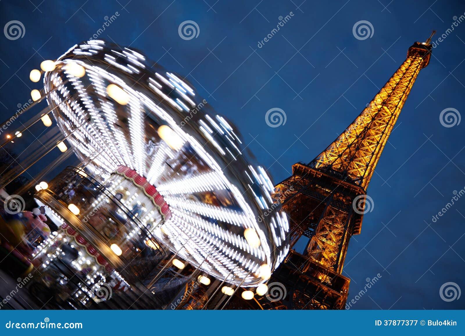 La-Reis Eiffel bij nacht