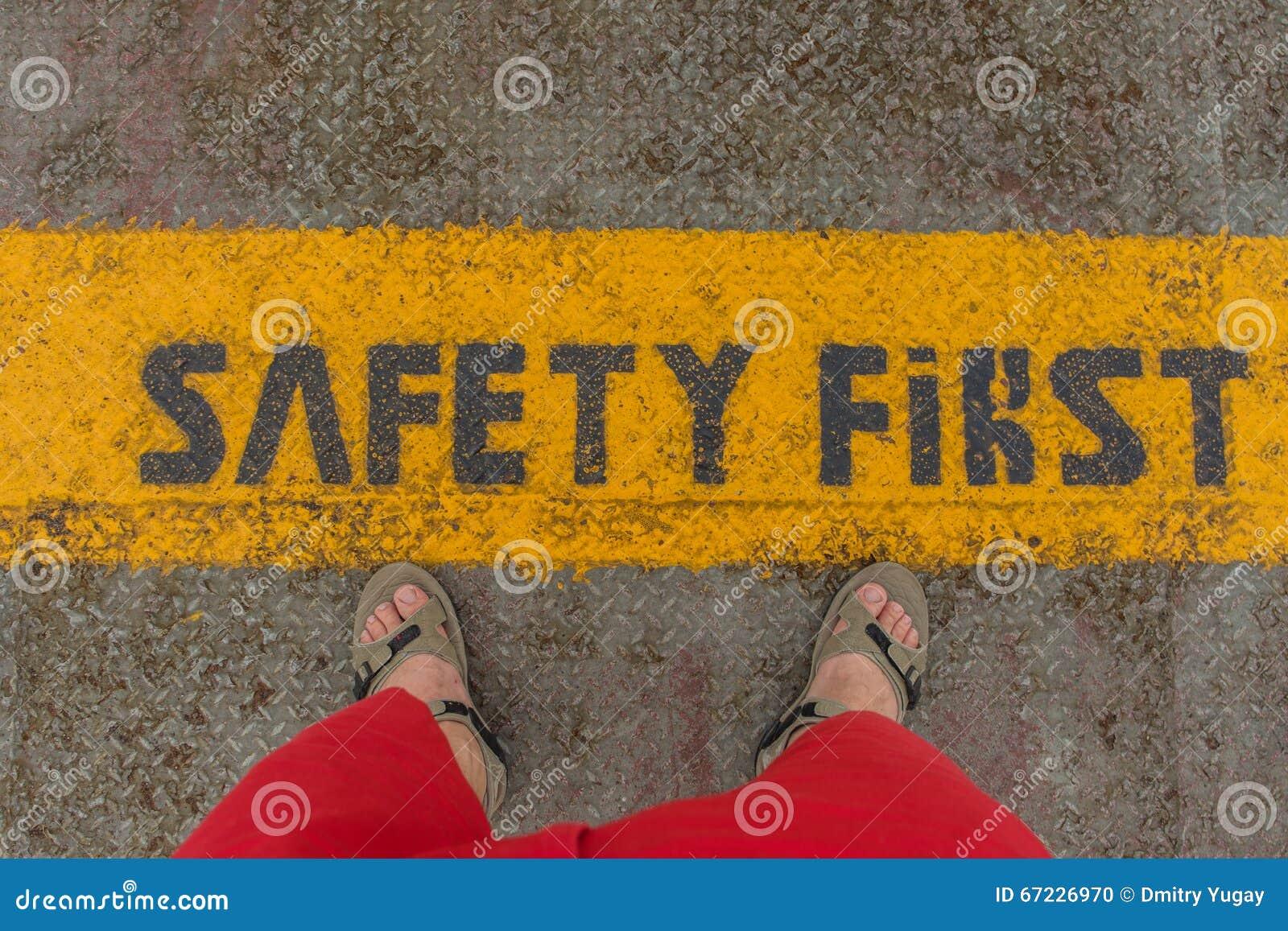 La sécurité se connectent d abord la bande de précaution