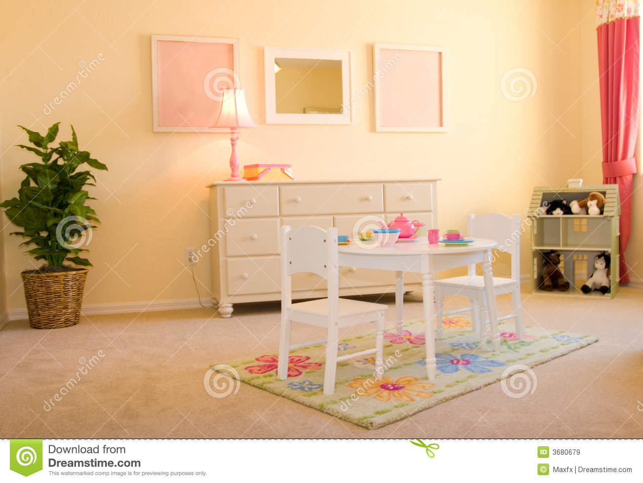 la salle de jeux des enfants image stock image 3680679. Black Bedroom Furniture Sets. Home Design Ideas