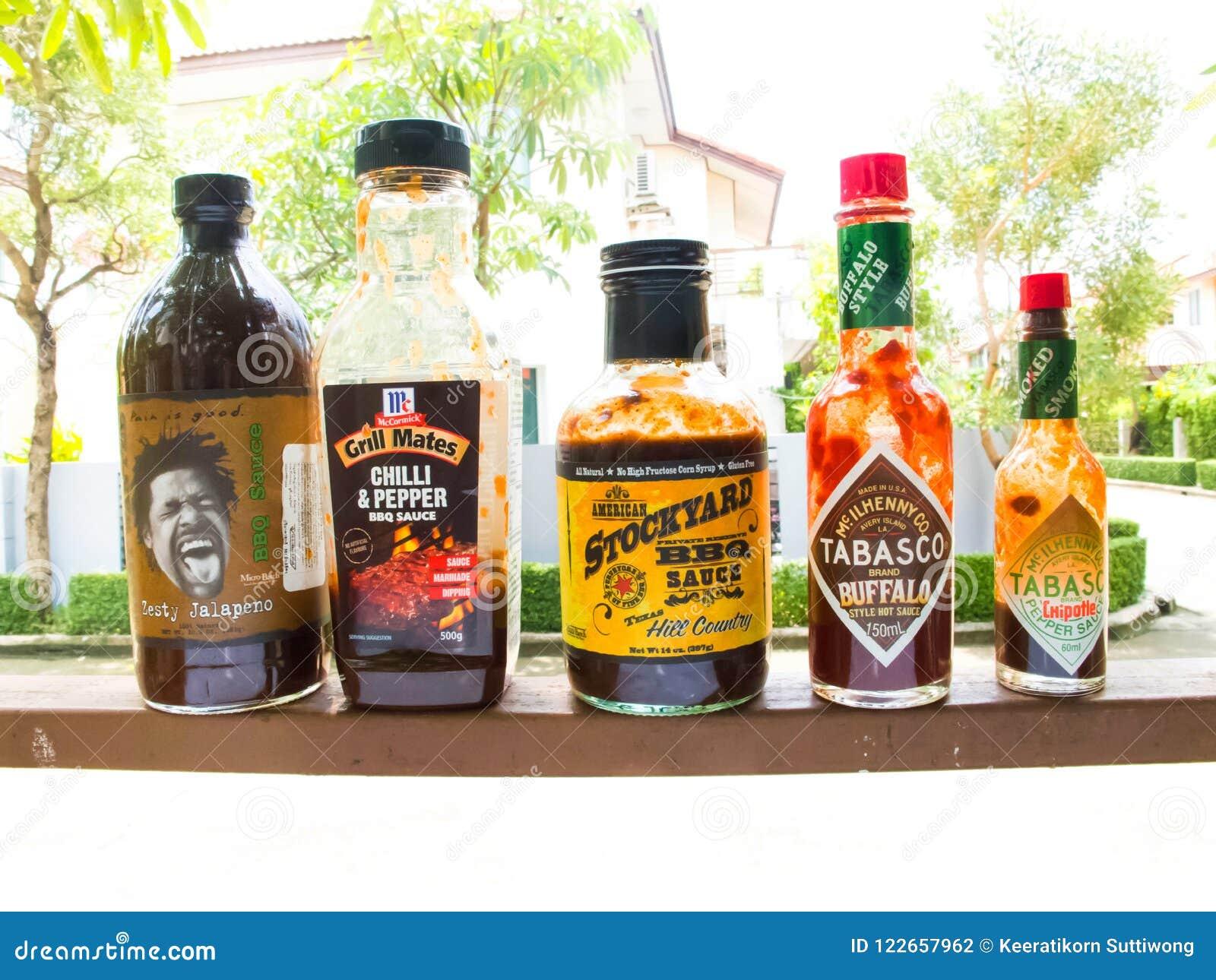 La salsa del BBQ è adatta a fermentazione o a immersione con la griglia, ma il gusto varia la o di dipendenza