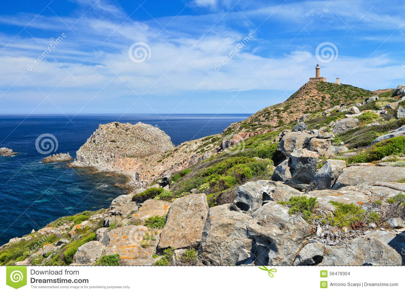 La Sardaigne - capo Sandalo avec le phare