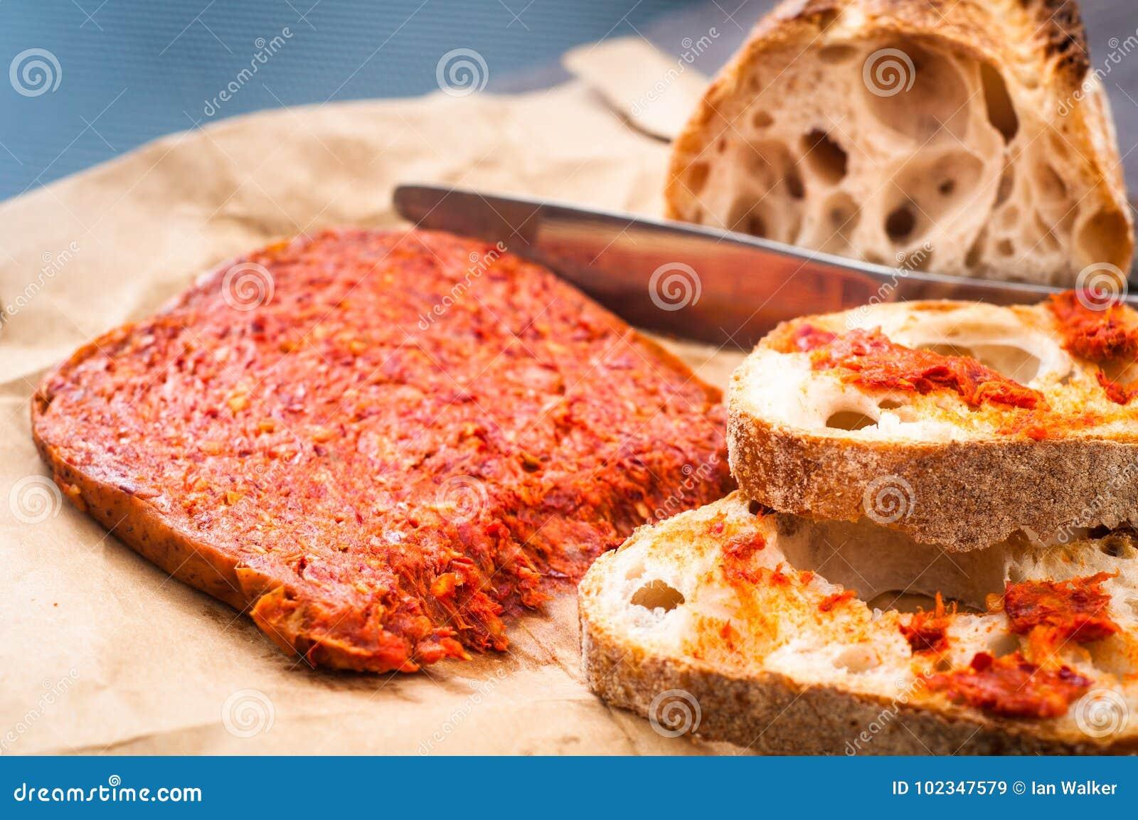 La saucisse calabraise de nduja d 39 italien pic a servi avec du ba la maison rustique image - La maison rustique ...