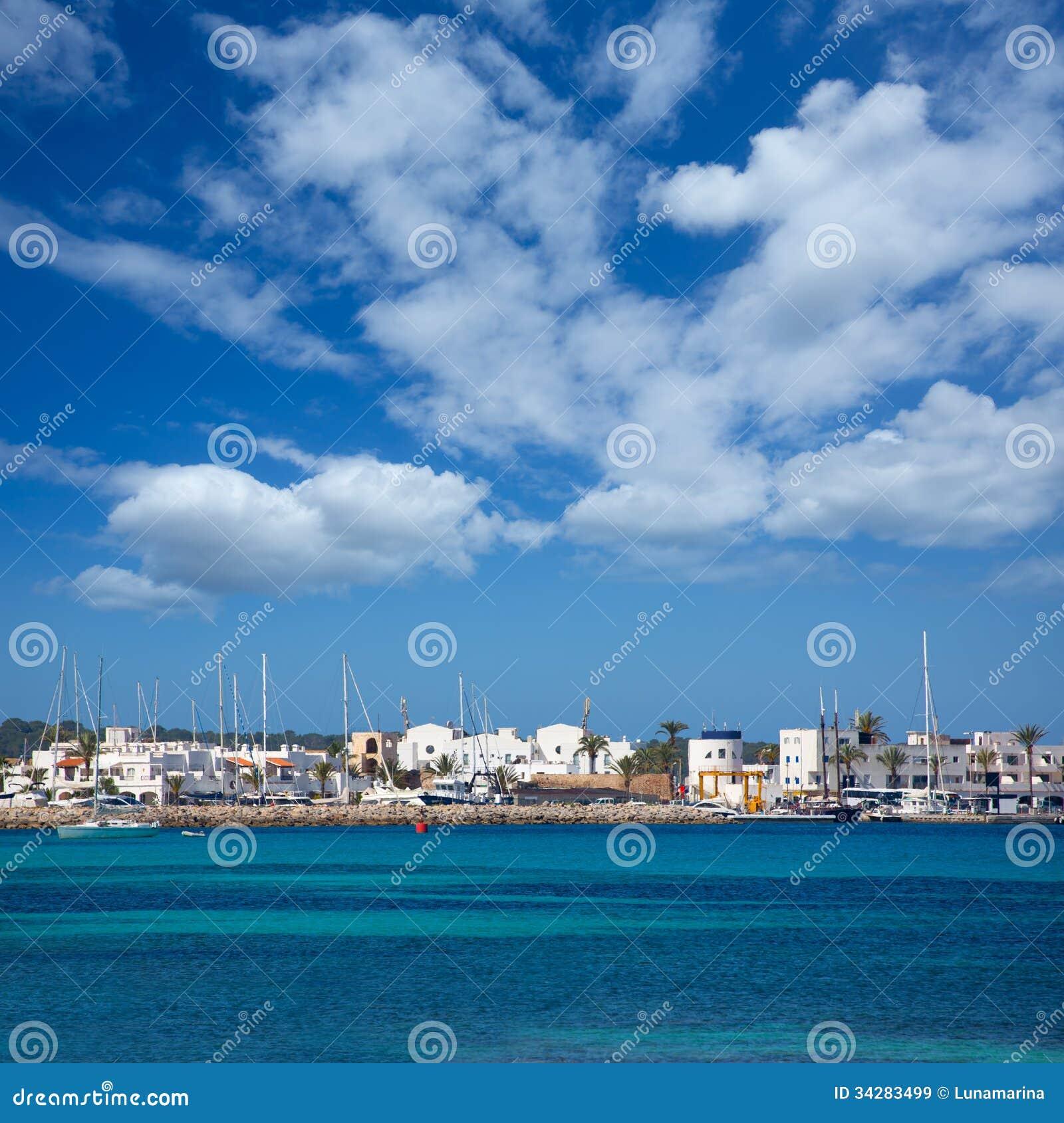 La-Savina Sabina-Dorf und -jachthafen in Formentera