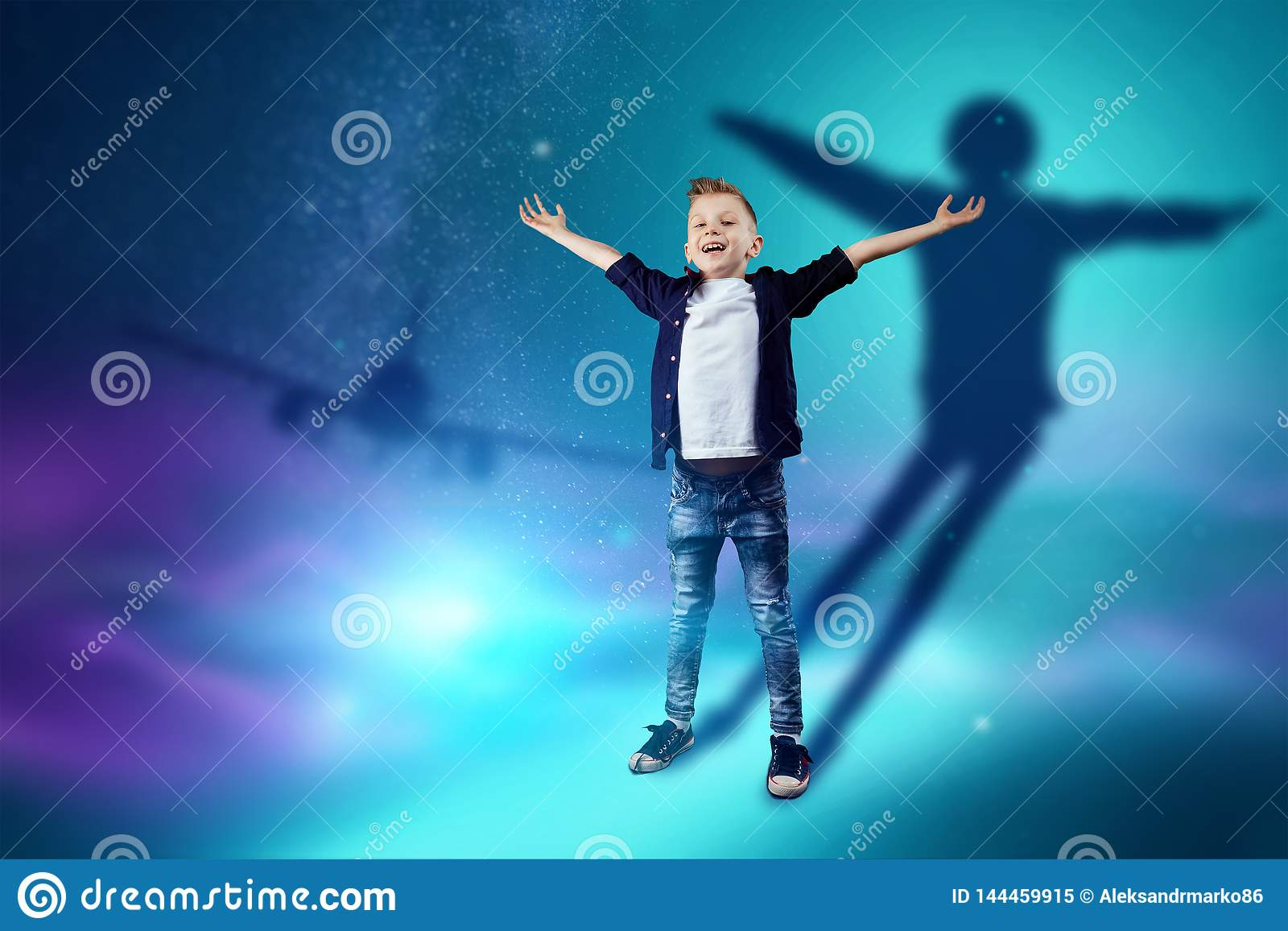 La scelta della professione, il futuro del bambino I sogni del ragazzo di trasformarsi in un pilota Professione di concetto, avia