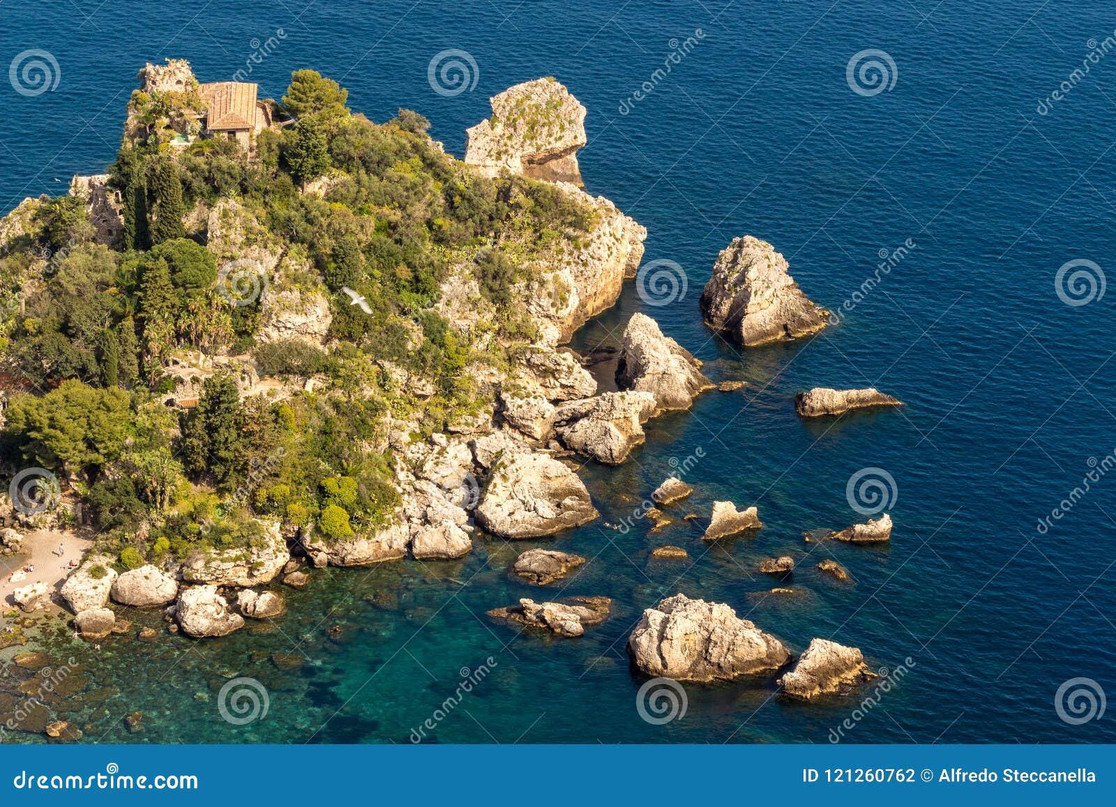 La Sicilia: Vista aerea dell isola del ` s di Isola Bella