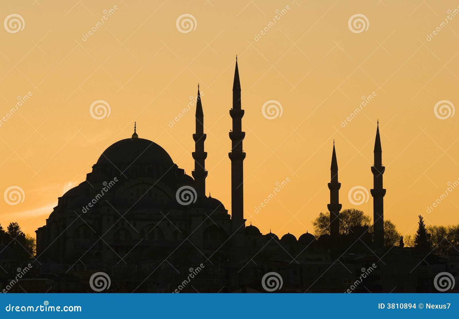 La silhouette bleue de mosquée