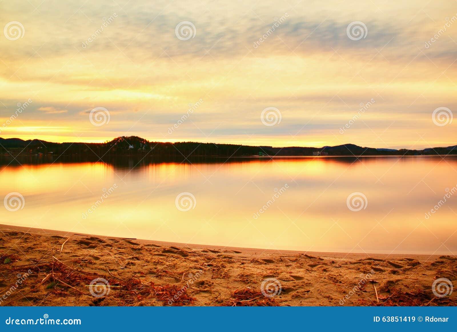 Sandy Hook in cielo