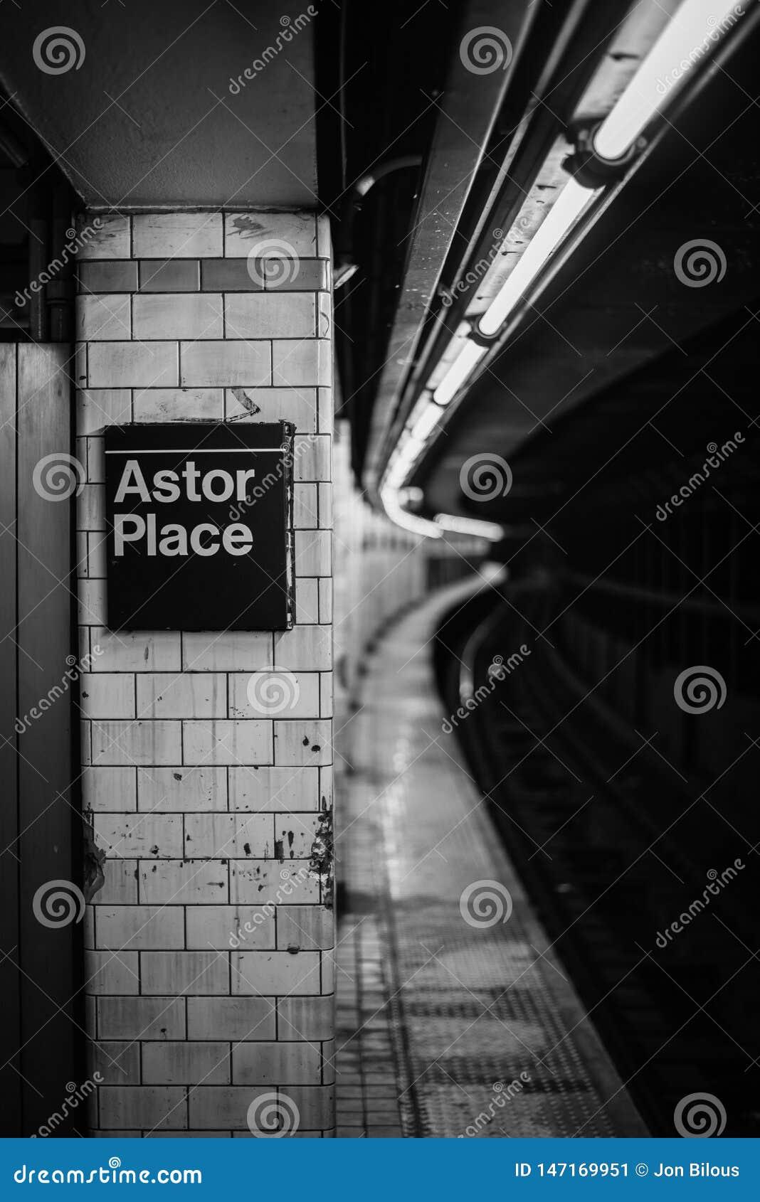 La station de métro d Astor Place, à Manhattan, New York City