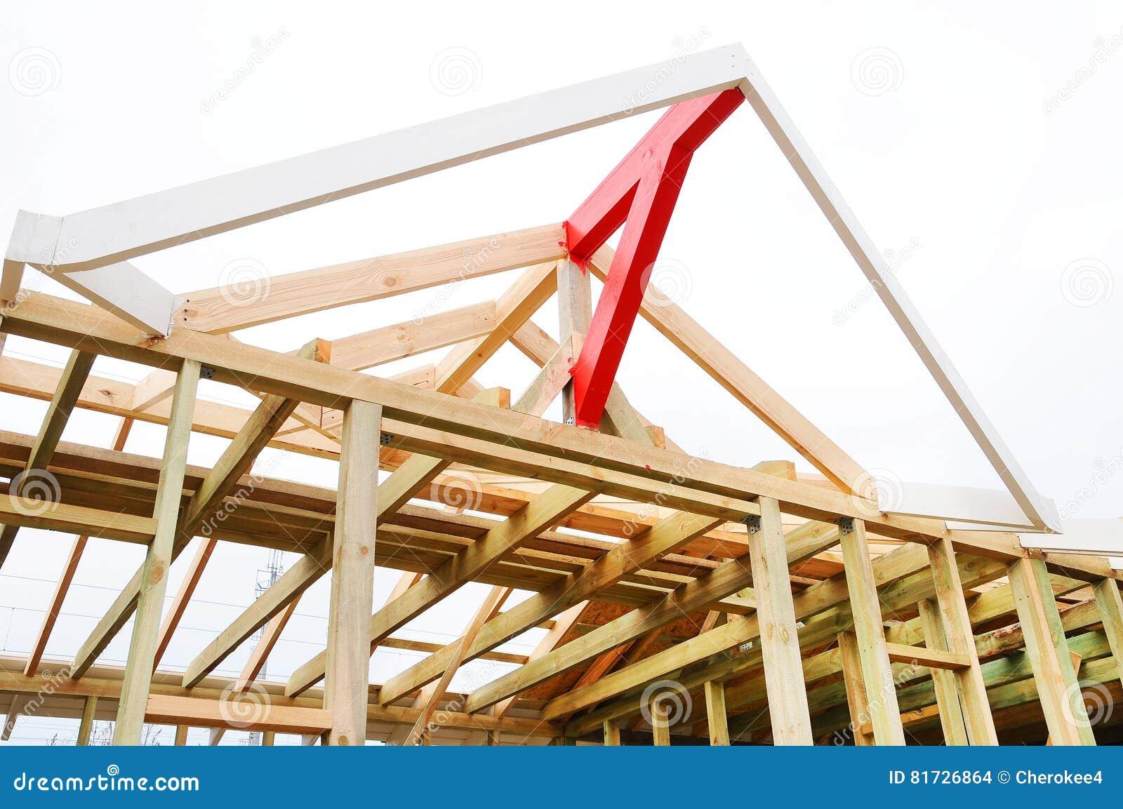 la struttura di legno della costruzione costruzione del