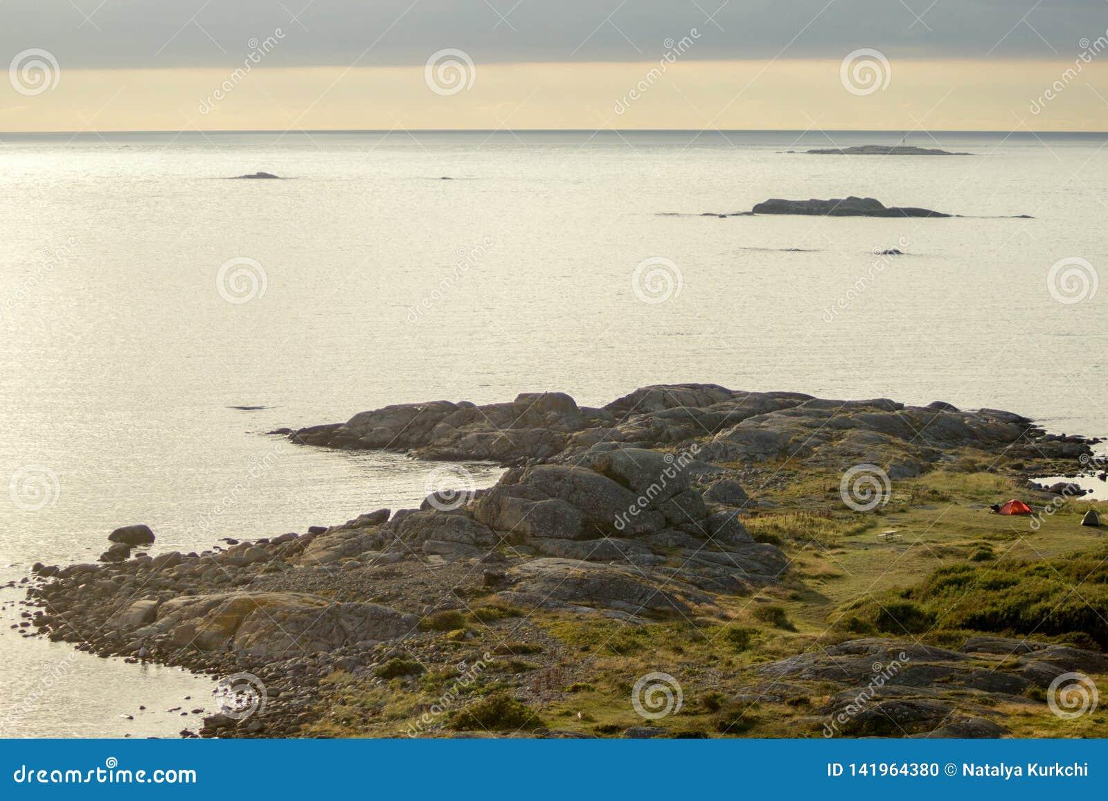 La Suède, vue de la colline à la mer