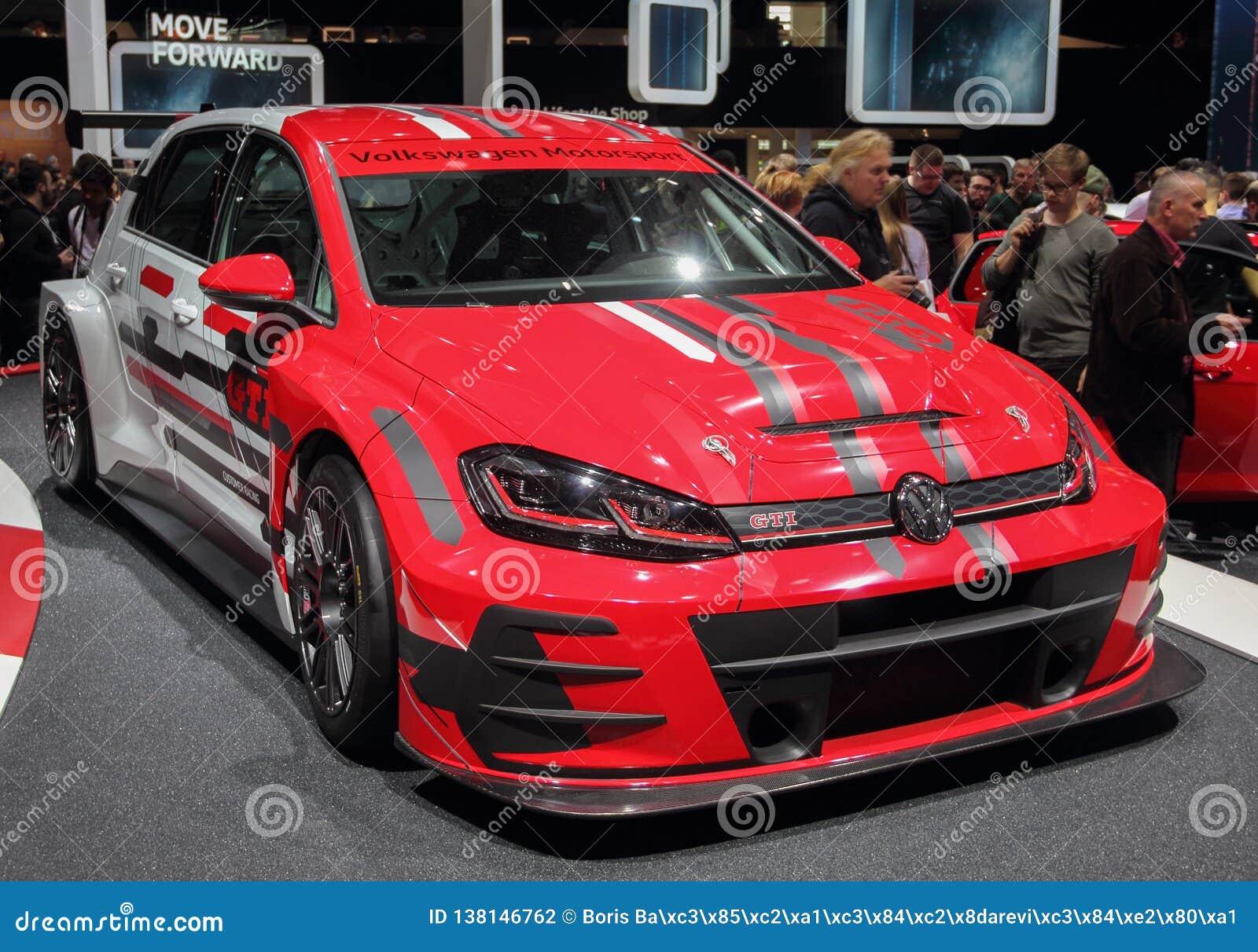 La Suisse ; Genève ; Le 8 mars 2018 ; Volkswagen Golf GTI TCR ; Le quatre-vingt-dix-huitième Salon de l Automobile international