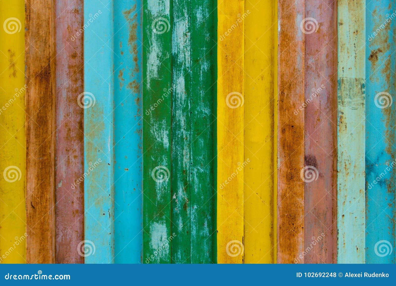 La surface du fer durable est peinte avec la peinture dans différentes couleurs, les couleurs de l arc-en-ciel sont jaune, rouge,