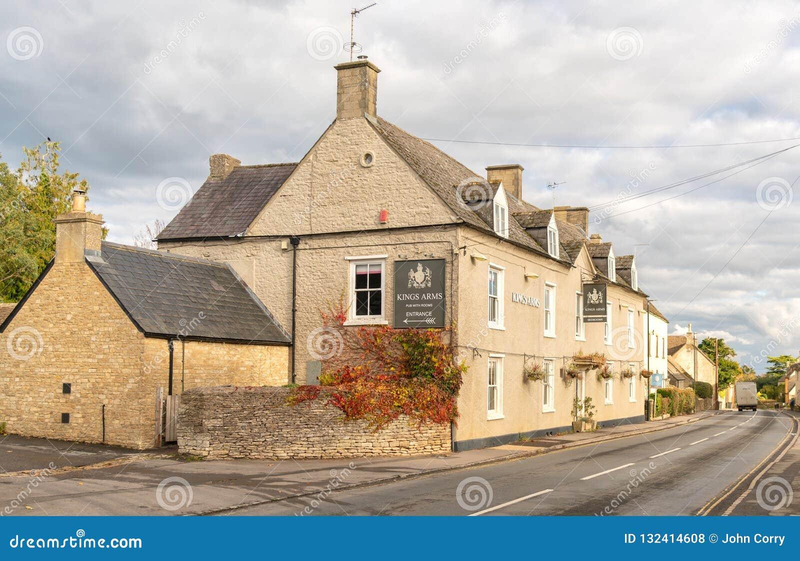La taverne des Rois Arms dans Didmarton, le Cotswolds, Angleterre