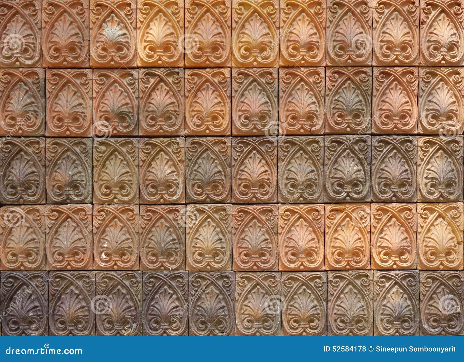 ... la terracota del color de tono de la forma de hoja con color de tono