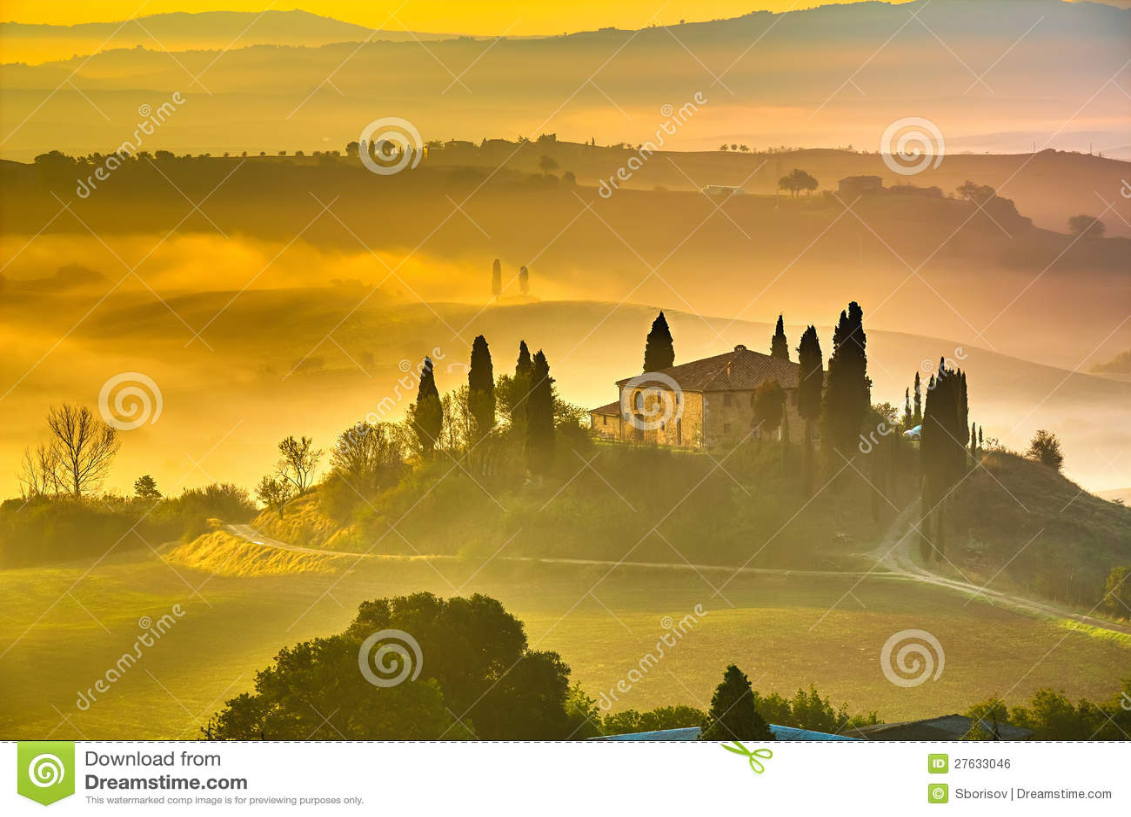La Toscana al primo mattino